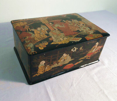 Japanese late Edo period painted lacquer box c 1860-70 hand painted Edo scenes