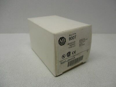 Allen Bradley 800T-J5KC1A 3 Position Spring Return From Right Black