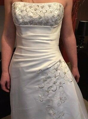 Maggie Sottero Cindy Wedding Dress In Ivory White Size 8 10 Never Been Worn