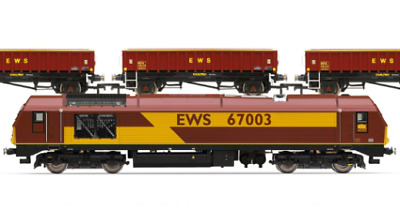 Hornby OO EWS Freight Train Pack-Limited Edition