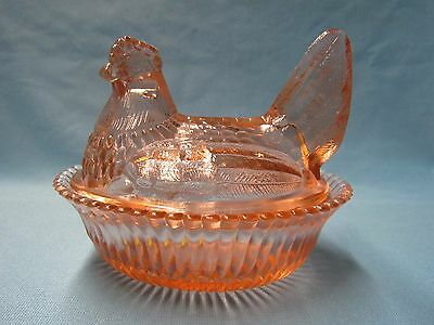 Boyd Glass Peach Color Glass Full Size Two Piece Hen Chicken On Nest Nests
