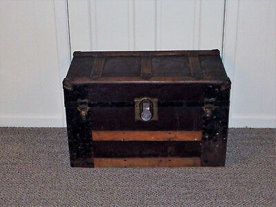Antique 1890s - Early 1900s LARGE STEAMER TRUNK w/ TRAY  Original