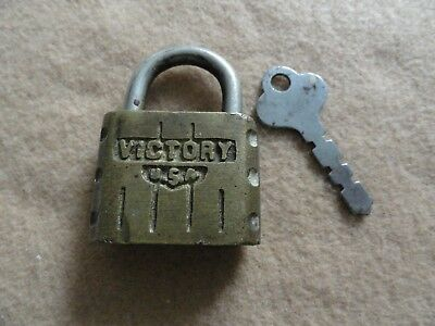 Vintage Made in the USA Victory Padlock Lock with Key - Works