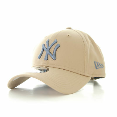 New Era League Essential 9Forty New York Yankees Cap Camel OSFA