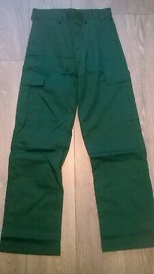 Hard wearing GREEN action combat cargo work trousers, Ambulance Vet NHS hospital
