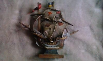 Vintage Wooden Ship - Queen - 10 Inch