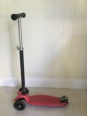 Kids Red Maxi Micro Scooter