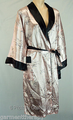 Vintage Satin ? Silk Reversible Robe Size 16-18