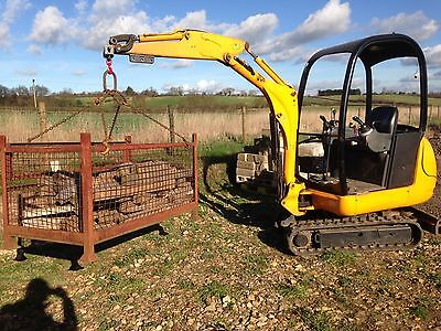 Mini digger lifting attachment / excavator hook / slings / chains / jcb 8014