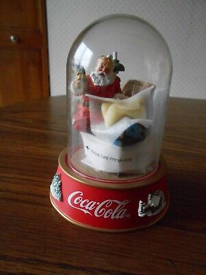 "Coca Cola ""Making a List""  limited edition Santa figurine Franklin Mint 1995"