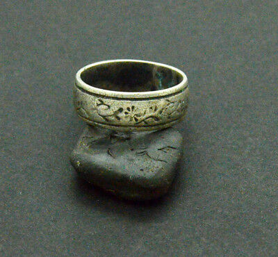 Post medieval period Silver Ring  5gr
