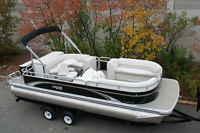 23 GT Cruise Grand Island pontoon boat by Tahoe---High quality