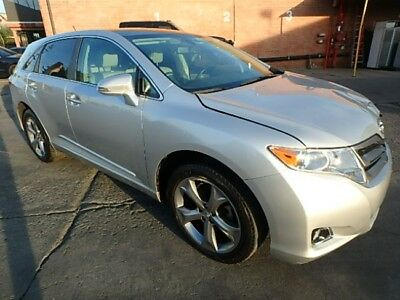 2013 Toyota Venza XLE 2013 Toyota Venza XLE Salvage Wrecked Repariable! Priced To Sell! Wont Last!