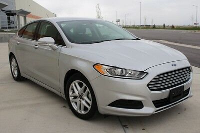 2015 Ford Fusion SE 2015 Ford Fusion SE Sedan Only 28K Mi Economical Perfect Color Priced to Sell!!