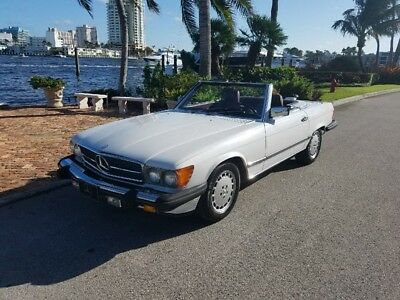 1986 Mercedes-Benz SL-Class 560SL 1986 Mercedes 560SL. Looks Great, Runs Even Better. New Top and Recent Service.