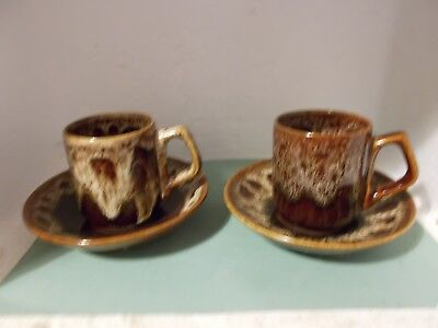 Fosters Pottery Honeycomb cups and saucers x 2 (d)