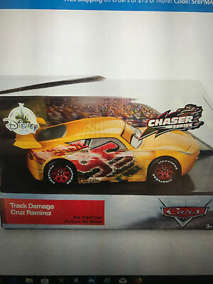 DISNEY PIXAR CARS 3 CLUTCH AID TRACTOR CHASER  DISNEY STORE LIMITED EDITION