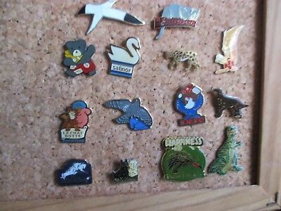 collection lots  14 pins  animaux (oiseau chien chat etc )