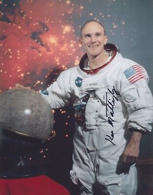 Ken Mattingly Signed 8X10 Photo NASA Astronaut Autographed Thomas K. Kenneth