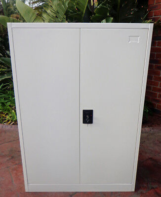 Brand New Lockable Metal Cabinet, Ideal For Work Shop Or Garage Storage Space