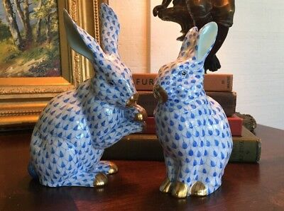 Herend Hungary Porcelain Blue Fishnet Rabbit Figurine Pair