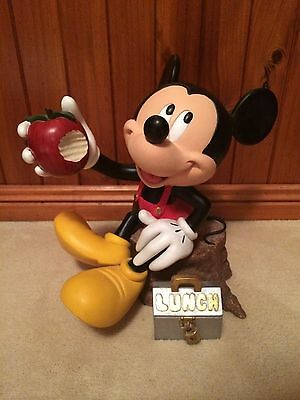 Mickey Mouse Statue - Eating Lunch
