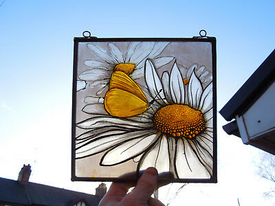 Interesting Stained Glass Butterfly Daisy Victorian Decorative Interior