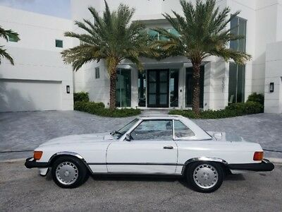 1986 Mercedes-Benz SL-Class 560SL 1986 Mercedes 560SL one owner all original.  Very Collectible