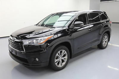 2015 Toyota Highlander XLE Sport Utility 4-Door 2015 TOYOTA HIGHLANDER XLE AWD SUNROOF NAV LEATHER 41K #134553 Texas Direct Auto