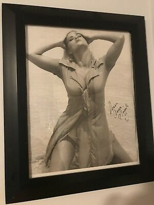 Anna Nicole Smith Autographed signed Original GUESS Vintage 90s ad