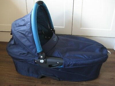 Quinny Buzz Dreami Carrycot & accessories