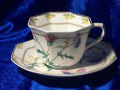 c1920 Royal Doulton Queen Anne Pastel Pansies Octagonal Teacup Abstract  G+
