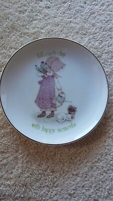 Holly Hobbie 'Fill Each Day with Happy Moments' Pink Girl - 1981 Plate