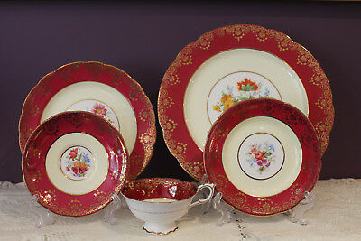Paragon 5 Piece Place Setting - Burgundy / Pale Yellow / Floral Trimmed In Gold