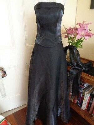 Retro Black Formal 3 Piece With A Long Skirt Bustier & A Wrap By Hiltons