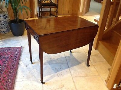 Georgian / George lll Mahogany Antique Pembroke Table in Good Condition