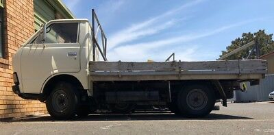 Rare historic vintage truck Ute 1981 TOYOACE Toyota LARGE alloy tray 2.1m x 3.1m