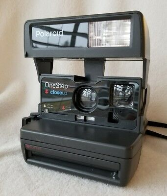 Polaroid One Step Close Up Instant Camera Uses 600 or 779 Film