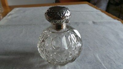 Superb Silver Topped Cut Glass Scent Bottle HM 1902