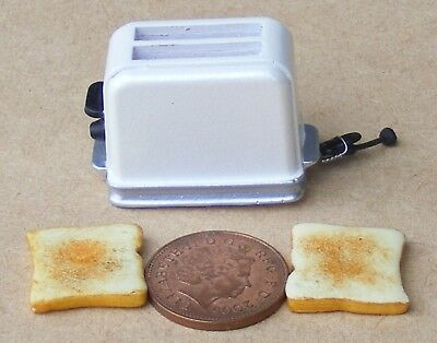 1:12 Scale Pop Up White Toaster And 2 Bread Slices Dolls House Kitchen Accessory