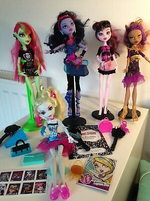 Monster High Bundle, Lovely Dolls, Great Condition