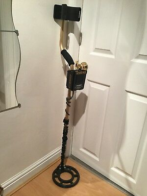 FISHER 1236 X2 Metal Detector in superb condition.