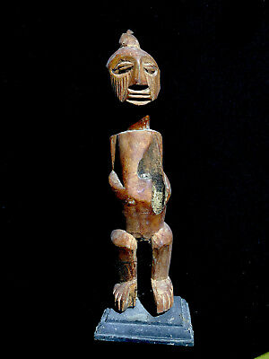 typical ancestor spirit figure Dem.Rep.CONGO