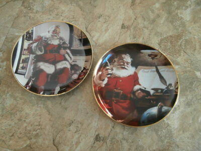 Set of 2 franklin mint coca cola christmas plates Making a List and Santa Pause