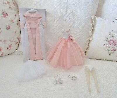 """Tonner 10"""" Tiny Kitty GRAND ENTRANCE Complete Outfit NEW"""