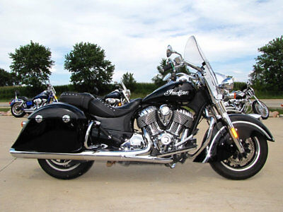 2016 Indian SPRINGFIELD THUNDER BLACK SPRINGFIELD BLACK 2016 INDIAN SPRINGFIELD THUNDER BLACK 111ci BEAUTIFUL CONDITION 16,908 MILES