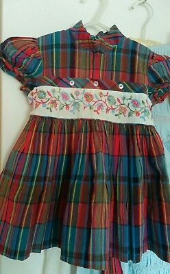 Vintage little girls plaid dress from the 1950's
