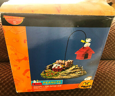 Peanuts NIB Snoopy They Flying Ace animated halloween DEPT 56 Unused No Reserve