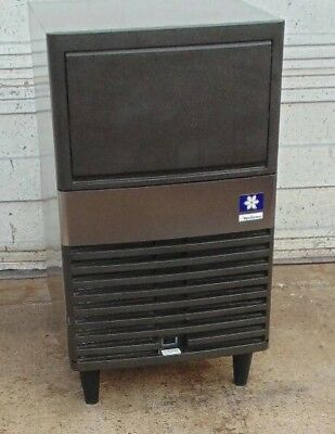 Manitowoc Qm30A 60Lb Air Cooled Undercounter Full Cube Ice Machine Commercial