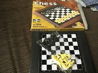 Traveler CHESS set with magnetic board, NWOT surplus to need